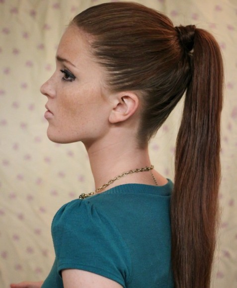 kim-kardashian-sleep-ponytail-holiday-hair-tutorial-6