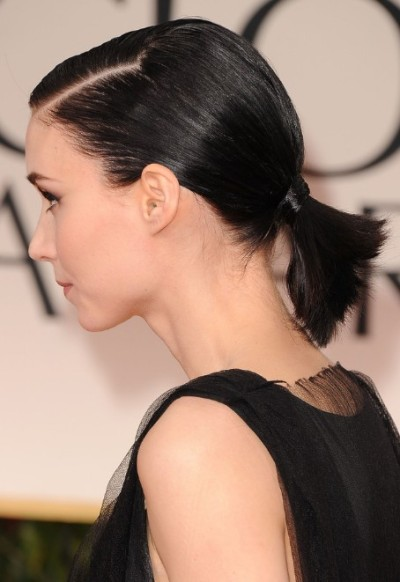Rooney-Mara-Cute-Short-Black-Ponytail-Hairstyle