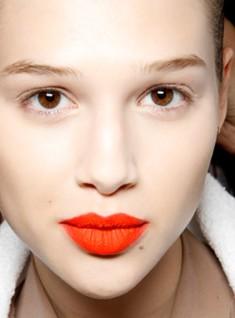 Red-Orange-Lips-July-4th